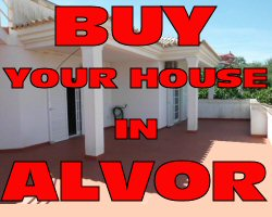 Villas to sell in Alvor good prices with pool amazing views