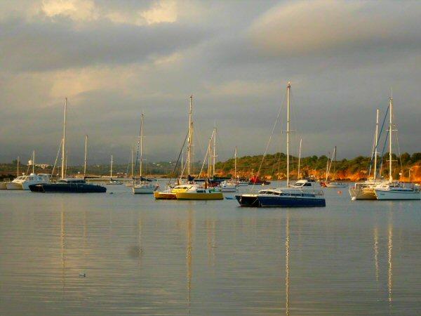 alvor-ria-boats