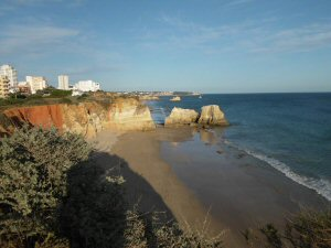 Praia do Vau - Sandy beach between Alvor and Portimão