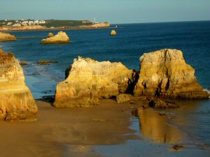 Praia de Alvor in the Algarve - Long sandy beach near Alvor